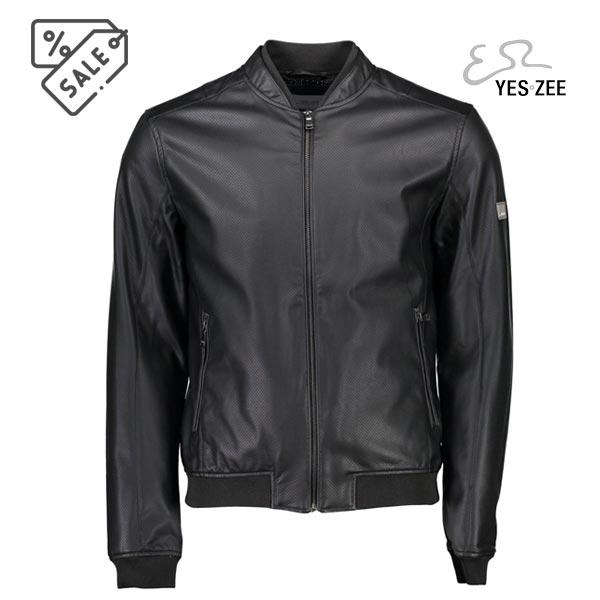 Yes zee giacca sportiva nera - Yes zee giacca sportiva nera. Giacca da uomo realizzata in ecopelle traforata, linea sportiva. Nera. Colletto doppio, tasche laterali con zip.